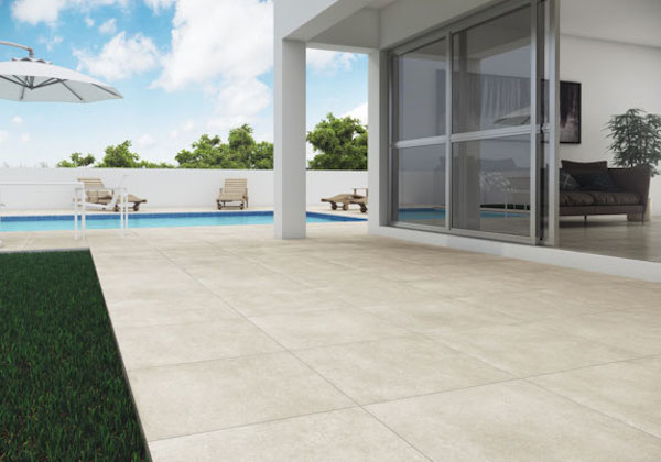 piso-piscina-porcelanato-antiderrapante R